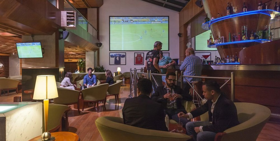 Sports bar casa blanca hotel mexico city